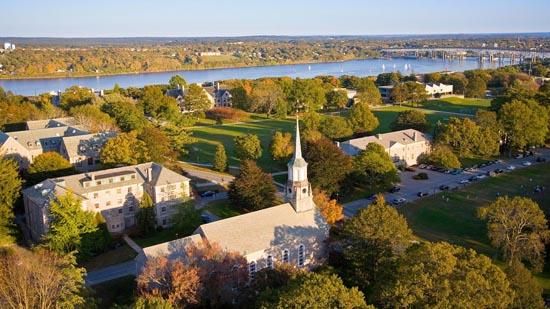 Connecticut_College_5691130